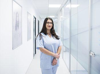 dr. Corina Selaru