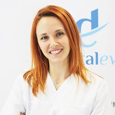 Doctor Anca Ciora Medica specialist protetica dentara dentalevo